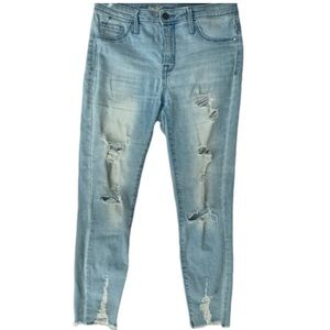Distressed High Rise Cropped Jeans